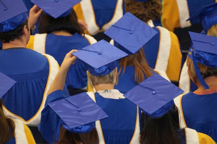 graduation-1477769_1280